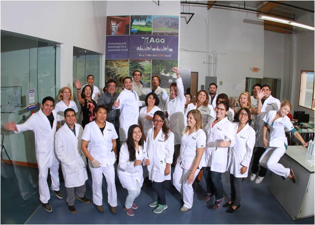 Empleados de AGQ Labs Ecuador